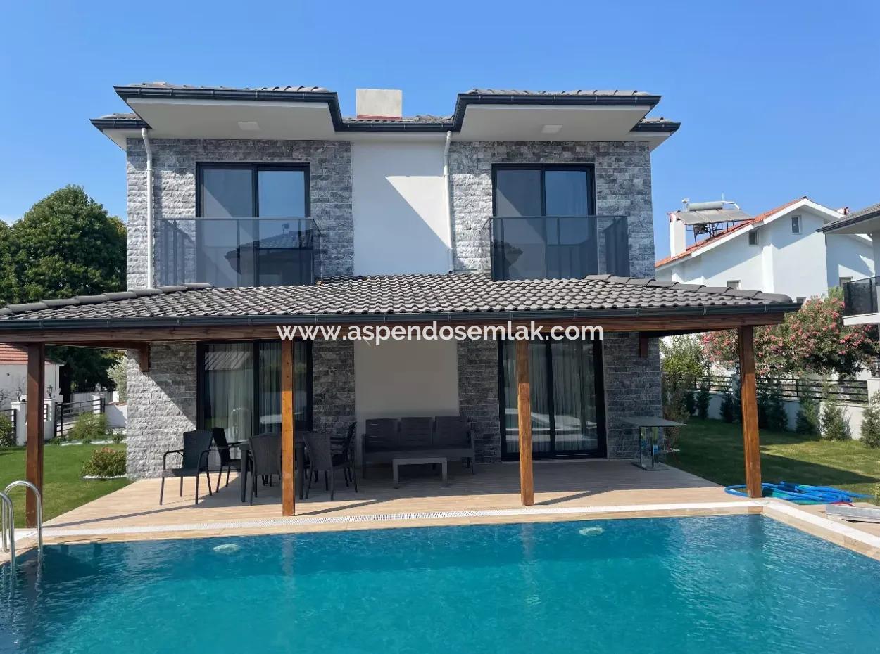 Dalyan'da 4+1 Satılık Villa