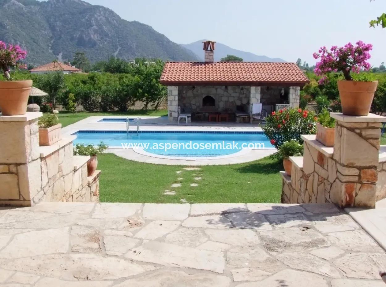 Dalyan Satılık Malikane Dalyan 12,338M2 Arsa İçinde Satılık Lüks Villa