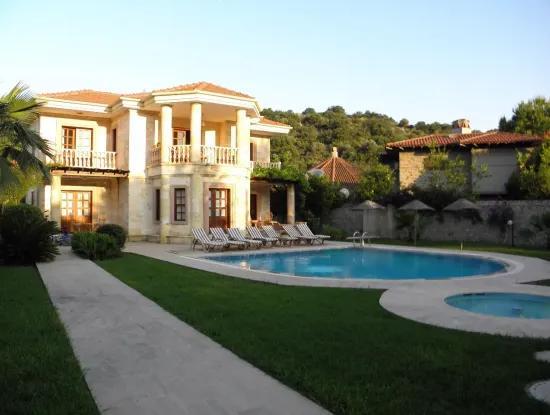 Dalyan Satılık Villa Dalyan Maraş'Da Kral Mezaraları Manzaralı 846M2 Arsa İçinde Satılık Villa