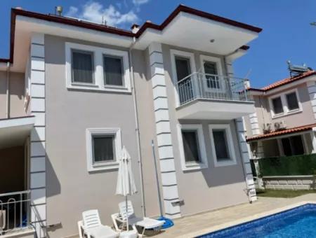 Dalyan Gülpınarda Satılık 4+1 Villa